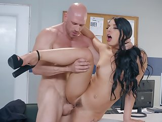 Gorgeous whore is punished by athletic cop there a dirty way