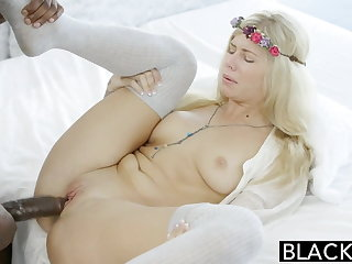 BLACKED Blonde Addison Belgium Squirts on Huge Moonless Dick!