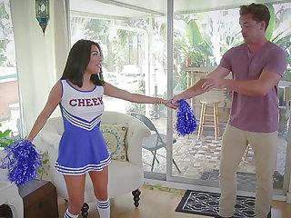 Thumbnail lusty cheerleader