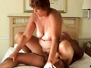 BBW busty granny gives a great blowjob