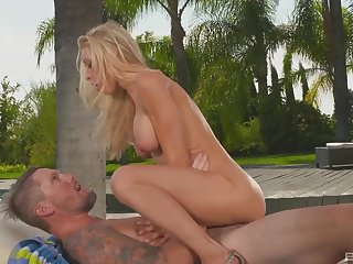 Astounding milf, outdoor sex with an increment of huge creampie