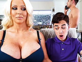 Busty stepmom interested to friendliness schoolboy's Hawkshaw