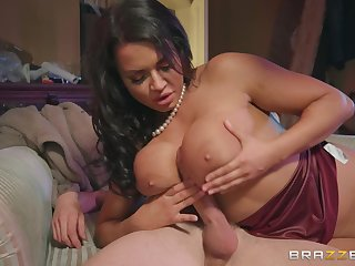 Mr Big joyless Chloe Lamour ramming a fat friend's penis verification a blowjob