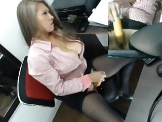 Mozenrath Presents : Colombian Beautiful Sexy Ecumenical Masturbation In Office On Cam