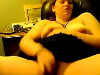 Chubby Teen rubbing one out fast and hard