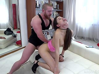 Bitch in the matter of lumpish booty Anya Krey gives a proper blowjob plus takes cock in anus