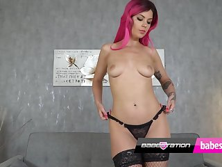 Sexy Amelia Fox Greay Couch playing with boobs & pussy