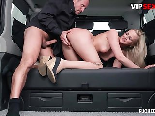 Postilion chafes milf client's pussy w hard cock
