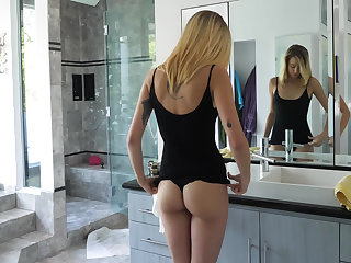Ass to ring