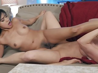 Young Asian Ember Snow scissors with a sultry lesbian cougar